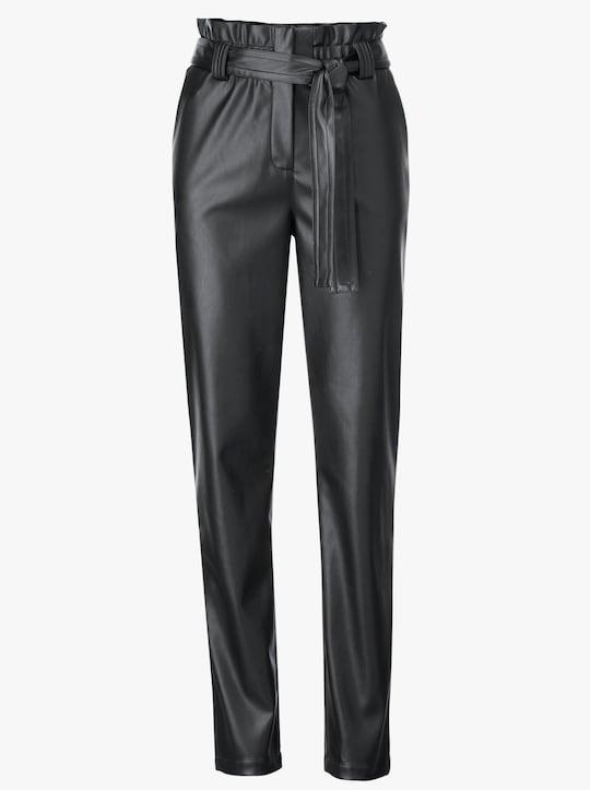 Kalhoty z imitace kůže - černá