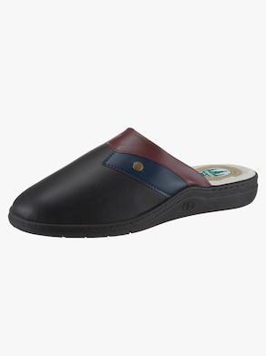 Vystlané papuče - čierna